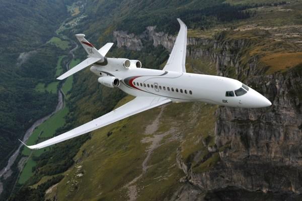 O novo Dassault Falcon 8X está sendo apresentado pela primeira vez na LABACE, no Brasil. (Foto: Dassault Falcon Jet)