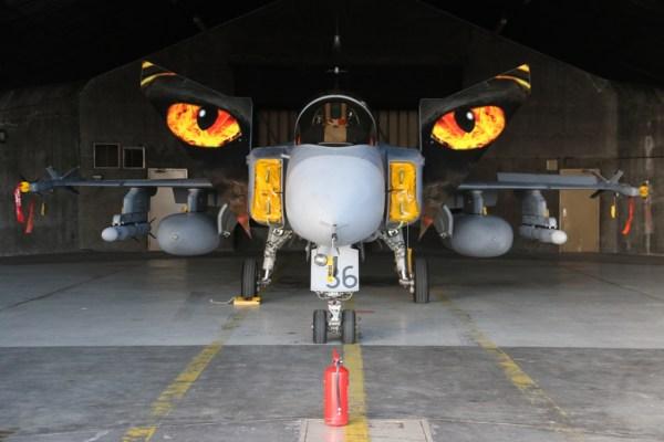 Os caças Gripens da Repúplica Checa foram destacados para Islândia armados com mísseis AMRAAMs. (Foto: Ministerstvo Obrany Ceske)