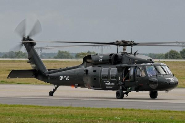 O helicóptero Sikorsky/PZL S-70i Black Hawk. (Foto: Roman N. / Airplane Pictures)