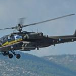 VÍDEO: Helicóptero Apache grego cai no mar durante exercício militar