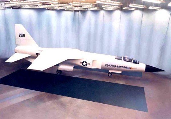 Um mock-up do CL-1200 chegou a ser fabricado.