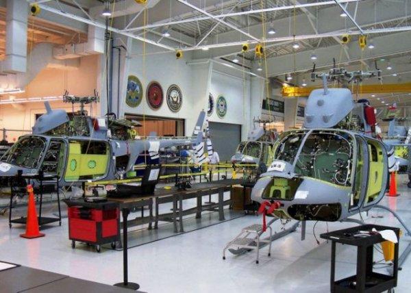 A linha de produção do MQ-8C Fire Scout na unidade da Bell Helicopter em Ozark, Alabama. (Foto: Bell Helicopter)