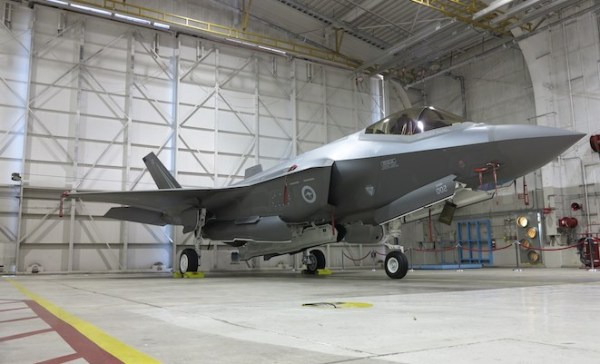 IMG 1919 crop 600x364 - Austrália inicia plano reserva do programa F-35 que pode beneficiar o Super Hornet