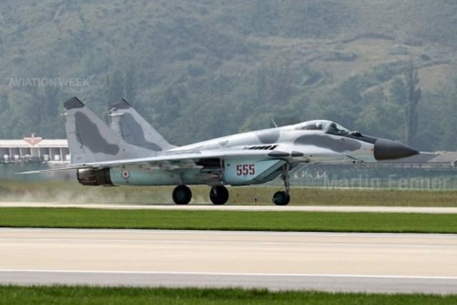 Recursos limitados O principal caça da Coréia do Norte é o Mikoyan MiG-29 Fulcrum, encarregado da defesa aérea do país. Estes são o tipo de aeronave mais comum nas imagens divulgadas pelo governo norte-coreano. Acredita-se que a Força Aérea tenha recebido cerca de 40 caças MiG-29, mas analistas dizem que poderia ser a metade desse número.