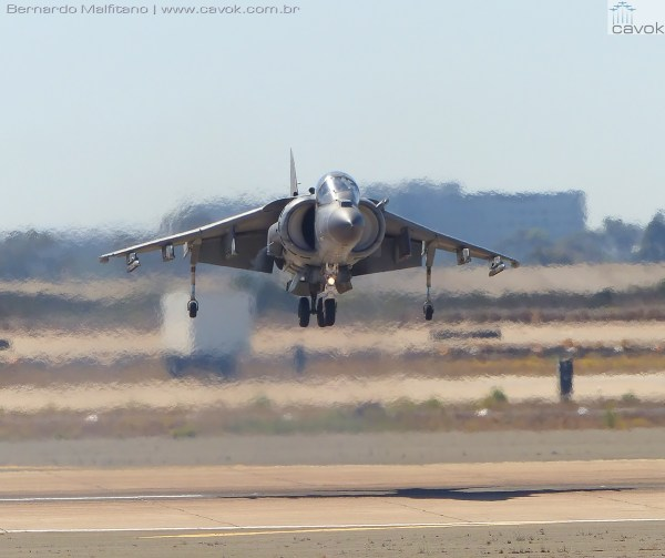 """Miramar16Malfitano 22 Harrier 600x503 - Saiba como foi o Miramar Air Show 2016, a """"Fightertown"""" pelas lentes do Cavok"""