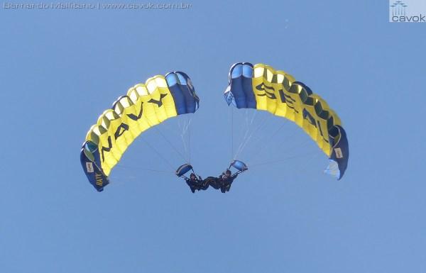 """Miramar16Malfitano 28 LeapFrogs 600x385 - Saiba como foi o Miramar Air Show 2016, a """"Fightertown"""" pelas lentes do Cavok"""