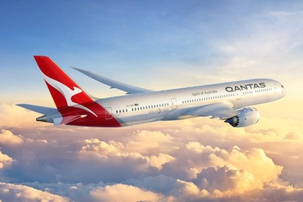 A nova pintura da Qantas, que vai acompanhar os novos 787-9 Dreamliner que a companhia aérea receberá em 2017. (Foto: Qantas)