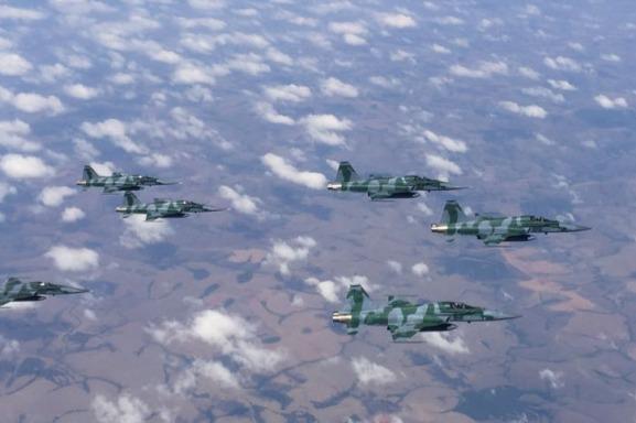 Esquadrão Jaguar retornando para Anápolis. (Foto: 1° GDA)