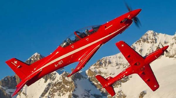 A Força Aérea Francesa está visando substituir seus jatos Alpha Jets e o turboélice PC-21 deverá ser a opção escolhida. (Foto: Pilatus Aircraft)