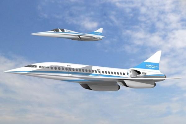 A aeronave demonstradora XB-1 (acima) voando junto do avião de passageiros supersônico da empresa Boom. (Foto: Boom Technology)