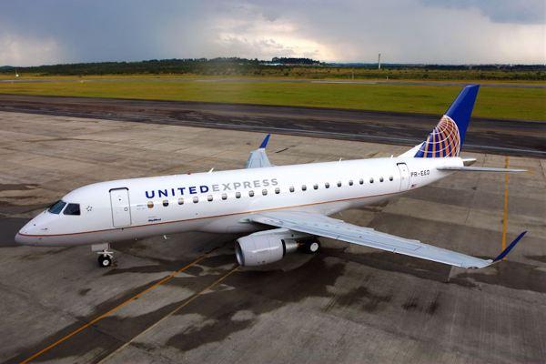 Um E175 da United Express. (Foto: Embraer)