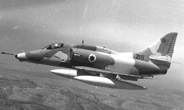 A 4 1 - Guerra do Yom Kippur: SAM x Phantom