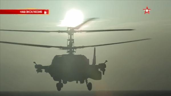 KA-52K em operações navais a abordo so Adm. Kuztnetsov.