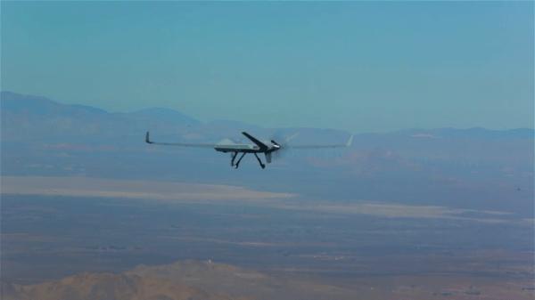 Predador-B certificável durante seu primeiro voo no doa 17 de Novembro.