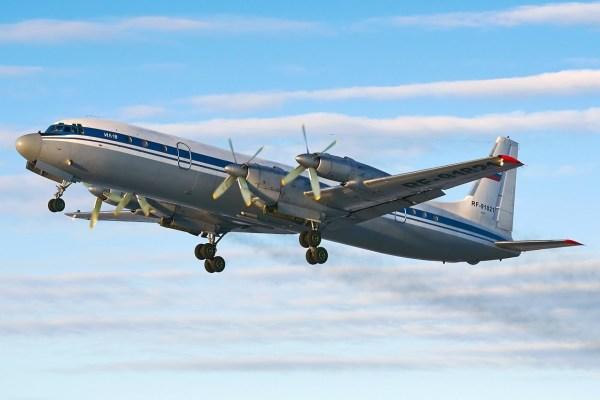 Il 18 Russian Air Force 600x400 - Aeronave Il-18 da Força Aérea da Rússia sofre acidente e todos 39 a bordo sobrevivem