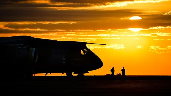 241045.996021 - O voo internacional da Embraer na área de defesa