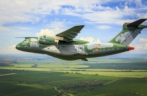 KC 390 FAB Embraer 600x393 - O voo internacional da Embraer na área de defesa