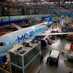 Irkut inicia testes no solo com aeronave MC-21, enquanto começa montagem de mais duas unidades