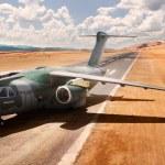 Embraer e Boeing estreitam parceria para venda do KC-390 na Alemanha