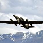 Aeronave U-2S faz aparição histórica em exercício militar no Alasca, testando nova tecnologia