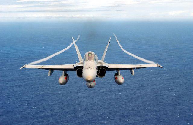 IMG 1270 - Boeing vai modernizar mais caças F/A-18