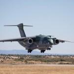 VÍDEO: Demonstração do KC-390 no festival aéreo em Portugal