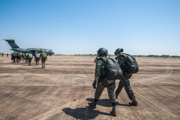 1506429202 005 600x400 - Exército Brasileiro divulga as imagens dos testes com o KC-390