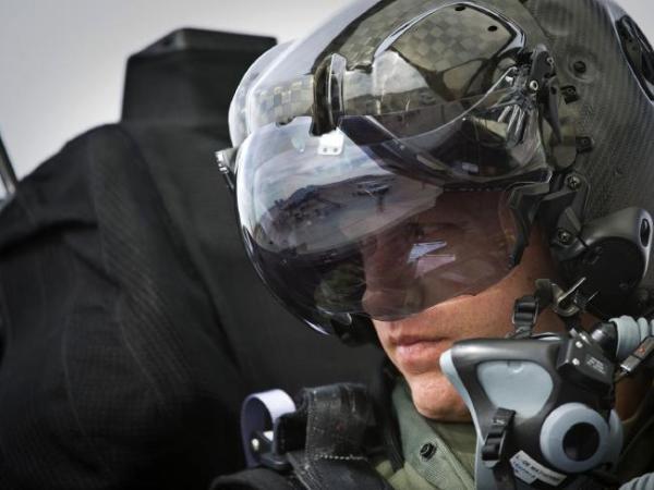 Eric Schultz F 35 600x450 - ATUALIZADO: Acidente com aeronave não identificada da USAF levanta rumores sobre nova aeronave militar dos EUA