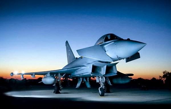 Akrotiti Cyprus Typhoon 600x383 - Caças Typhoon da RAF completam missão de mais longa duração contra o Estado Islâmico