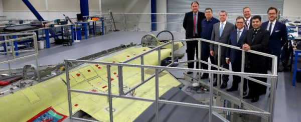MJ Saab 720x294 600x245 - Delegação brasileira acompanha na Suécia fabricação do primeiro Gripen da FAB