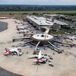 Dez aeroportos brasileiros estão entre os mais pontuais do mundo