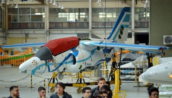 EX 04 desarmado 640x367 600x344 - FADEA assina contrato para fornecer 3 aeronaves Pampa III para Força Aérea Argentina