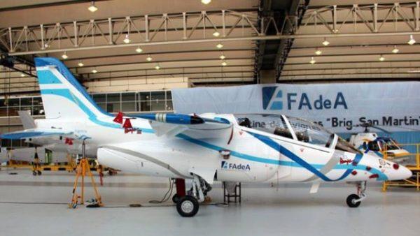 pampa3 640x360 600x338 - FADEA assina contrato para fornecer 3 aeronaves Pampa III para Força Aérea Argentina