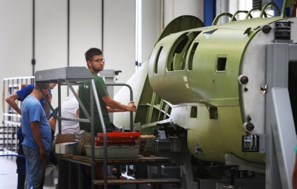 foto martin pinkas b12t8049 600x383 - Produção do primeiro L-39NG entra numa fase importante rumo ao roll-out