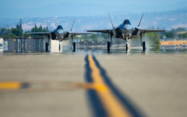 1000w q95 62 - Todos caças F-35 são temporariamente aterrados para inspeção