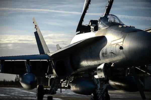 65fb17059403d94fe06209d98dfd780c5ec17ceb 600x399 - Canadá segue participando do programa F-35, mas lançará competição para novo caça