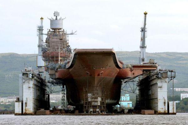 gettyimages 1055366808 600x400 - Porta-aviões russo Almirante Kuznetsov sofre sérios danos durante manutenção