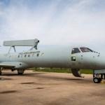 Segunda aeronave radar E-99 da FAB é entregue à Embraer para ser modernizada