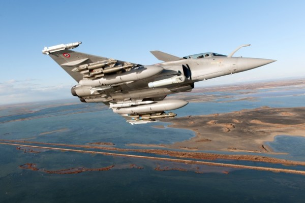 197434 1 600x400 - França aprova padrão F3-R do caça Rafale