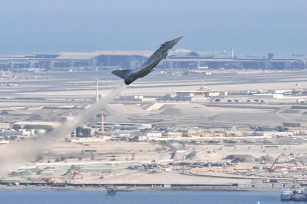 20181110 DohaAirShow EurofighterItAF 600x400 - IMAGENS: Força Aérea Italiana conclui turnê de demonstrações pelo Oriente Médio
