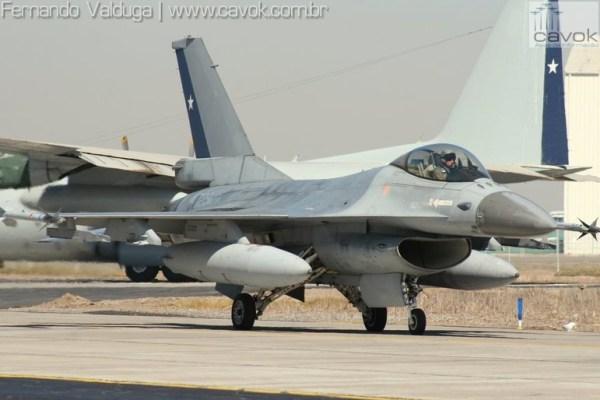 FACH F 16 Chile PC IMG 9426 1 600x400 - Chile modernizará seus F-16 e deve adquirir novas aeronaves