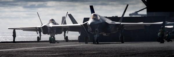 181208 N VQ841 1583 600x197 - F-35C mais próximo da Capacidade Operacional Inicial com a Marinha dos EUA