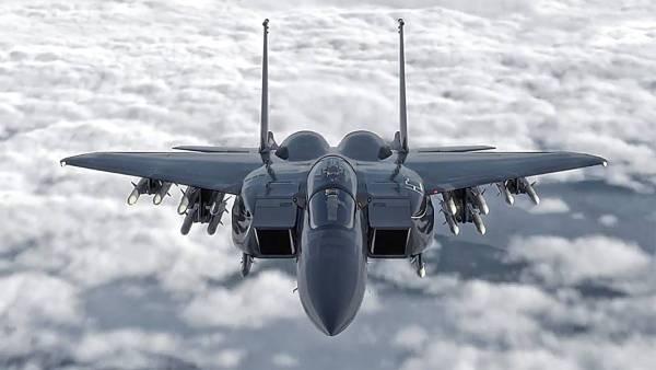 image 13 600x338 - Orçamento da USAF propõe aquisição de 8 caças F-15X para 2020