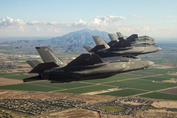 1 600x400 - Lockheed Martin trabalha para atingir o valor de US$ 25 mil por hora de voo operacional no F-35