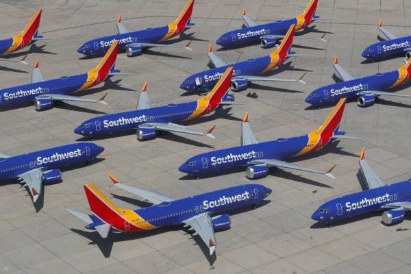 2019 03 26t225438z 571597632 rc146e841720 rtrmadp 3 ethiopia airplane congress 600x400 - Aeronaves 737 MAX devem permanecer sem voar por mais tempo que o esperado
