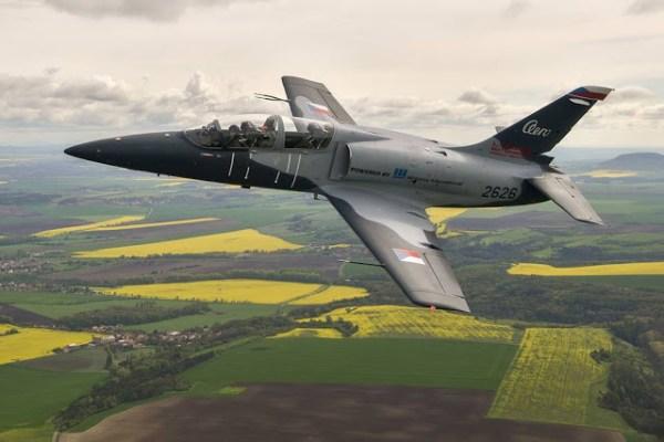 Aero crisis 600x400 - AERO Vodochody divulga planos futuros da empresa e do programa L-39NG