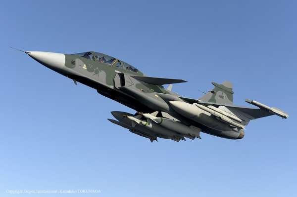 Gripen NG montagem com cores da FAB imagem K Tokunaga Saab 600x399 - Novo caça F-39 Gripen da FAB contribui para desenvolvimento tecnológico brasileiro