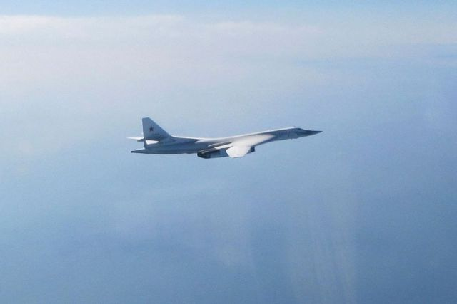LOS OFFICIAL 20190329 0157 0008 crop - Caças Typhoon da RAF interceptam bombardeiros russos Tu-160