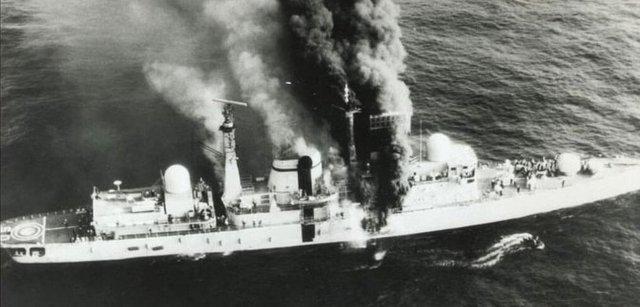 HMS Sheffield Falklands Malvinas - GUERRA DAS FALKLANDS/MALVINAS: As falhas que culminaram com o afundamento do HMS Sheffield