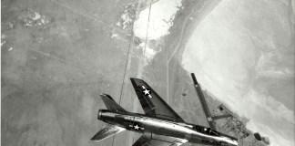 North American Aviation YF 100A Super Sabre - ESPECIAIS